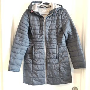 Point zero ultra light grey puffer coat